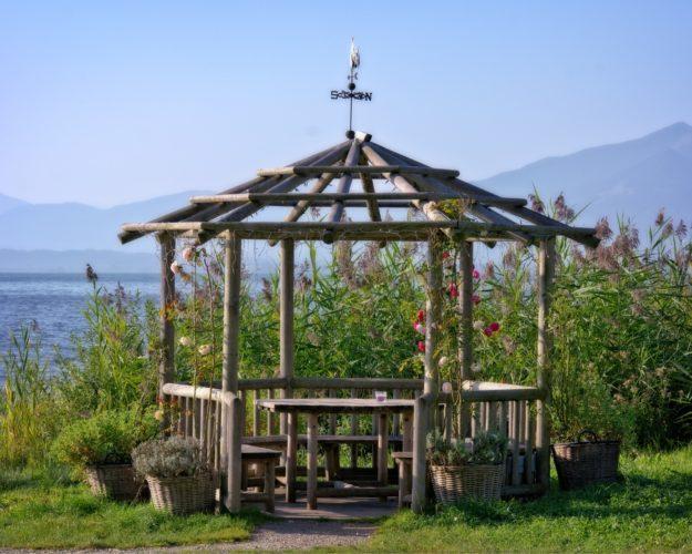 Gartenpavillon - Wie den Richtigen finden?