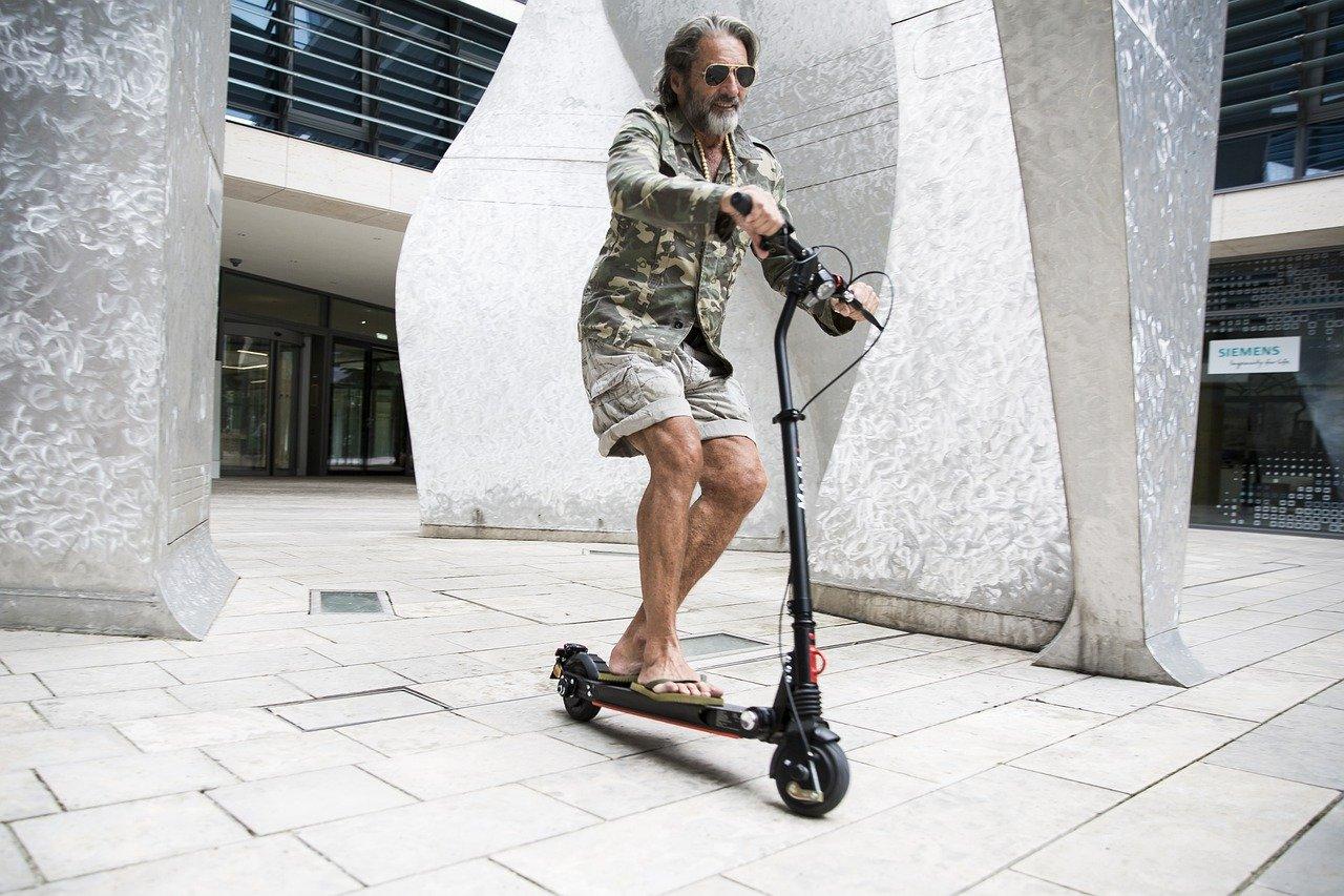 elektro scooter für erwachsene bis 120 kg